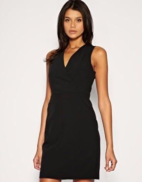 Fotografie č. 1 - Fotografie inzerátu Prodám černé koktejlové šaty ... 5d34e23d14